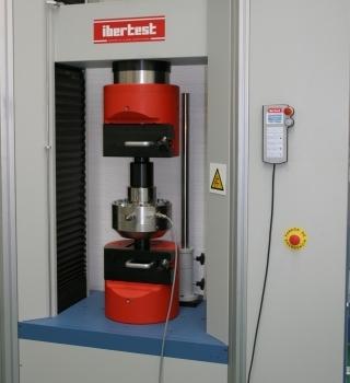Calibración de máquinas de ensayo de materiales