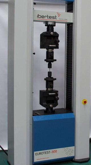 IB109-ensayo-traccion-probeta-mecanizada