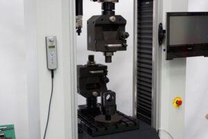 Máquinas de ensayo electromecánicas