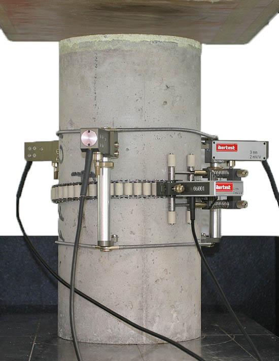 Módulo de elasticidad axial y transversal en hormigón